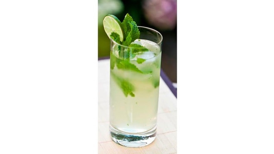 Minty and refreshing, just like a classic Mojito.