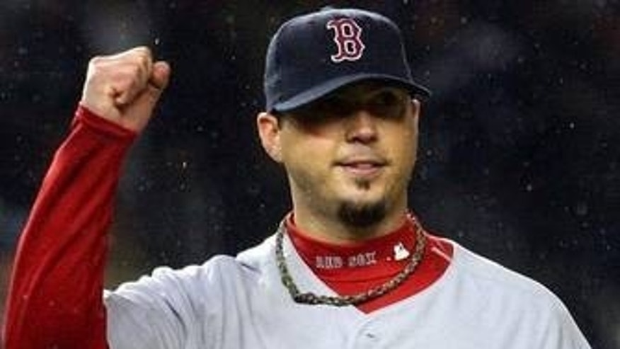 Boston Red Sox pitcher Josh Beckett is well known for wearing Phiten necklaces and is even featured on the company's website.