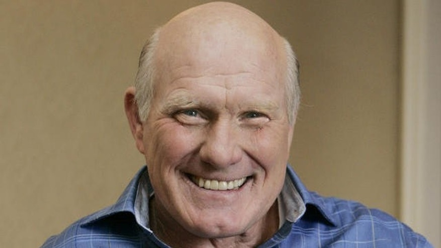 "Terry Bradshaw, former football quarterback and current sports commentator, smiles during an interview in New York, Feb. 11, 2006. Bradshaw also is a featured actor in the new movie ""Failure to Launch.""  (AP Photo/Frank Franklin)"