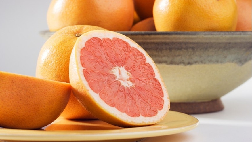how to eat grapefruit without a grapefruit spoon