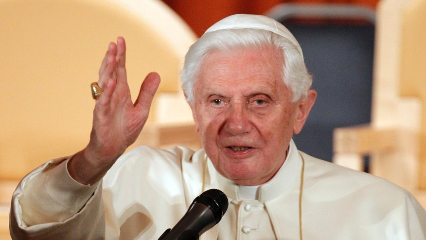 Pope Benedict XVI addresses residents, employees and visitors to St Peter's Residence in London September 18, 2010.