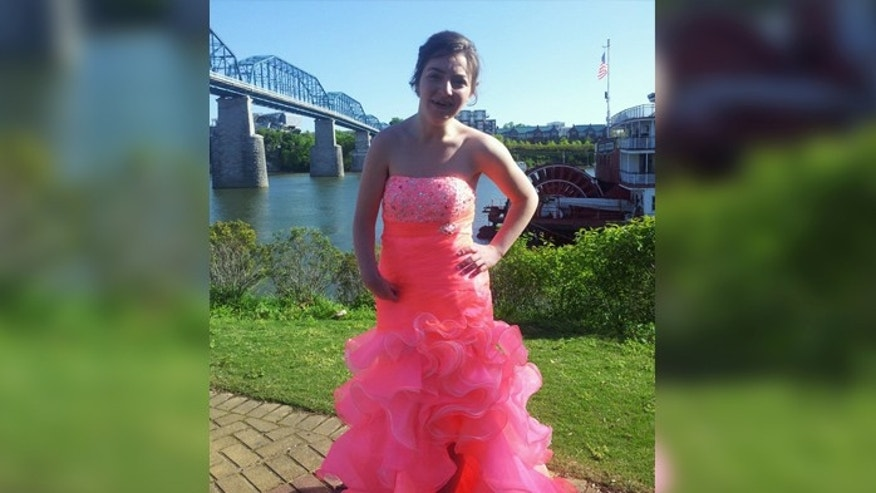 Desaray Carroll in her prom dress.