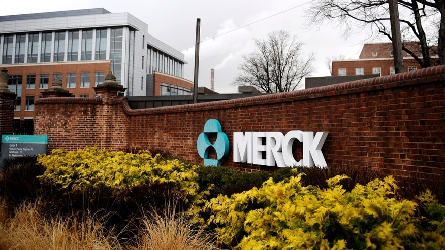A view of the Merck & Co. campus in Linden, New Jersey March 9, 2009. (REUTERS/Jeff Zelevansky)