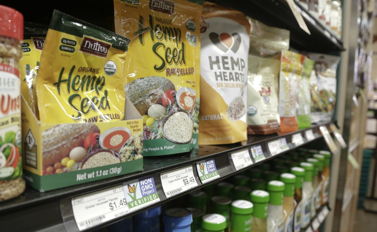 Grocers sue Vermont over GMO food label law