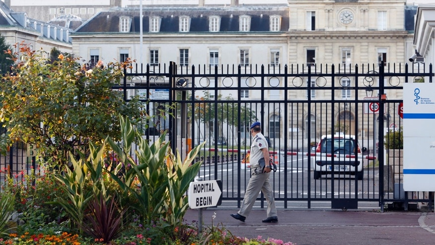 A view shows the entrance of the military Hospital Begin in Saint-Mande, eastern Paris, September 19, 2014. REUTERS/Charles Platiau