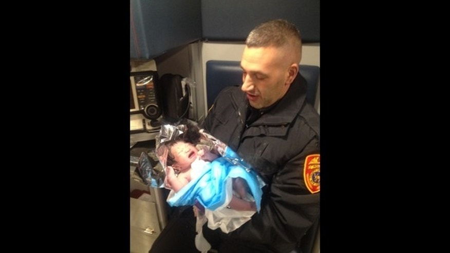 cop's baby delivery 1