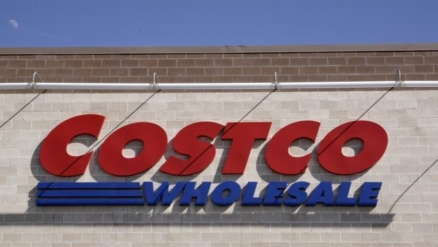 A Costco store is seen in Arvada, Colorado, in this March 4, 2009 file photo.  REUTERS/Rick Wilking/ Files