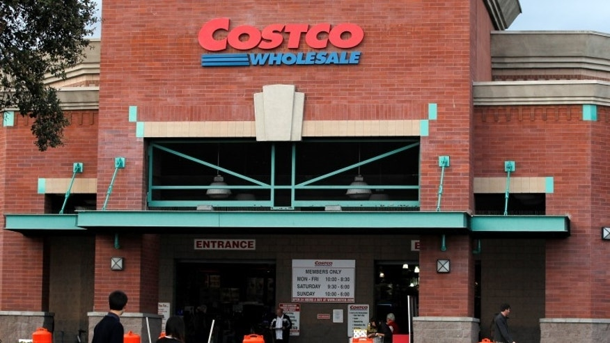 Shoppers are pictured outside a Costco Wholesale store in Los Angeles, California March 6, 2013. REUTERS/Mario Anzuoni