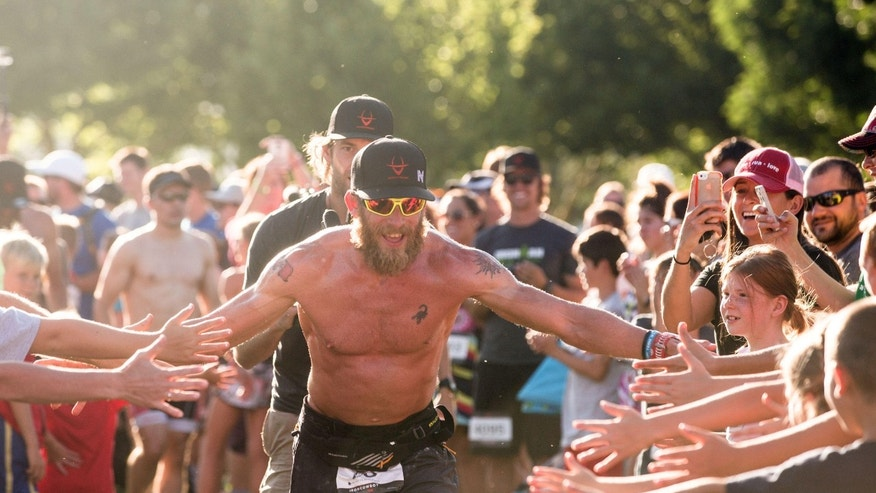 Thousands of people came out to congratulate James Lawrence as he finished his final 26.2 in Utah.