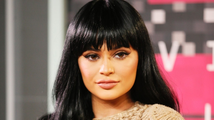 Reality television star Kylie Jenner arrives at the 2015 MTV Video Music Awards in Los Angeles, California, August 30, 2015. REUTERS/Danny Moloshok - RTX1QC7U