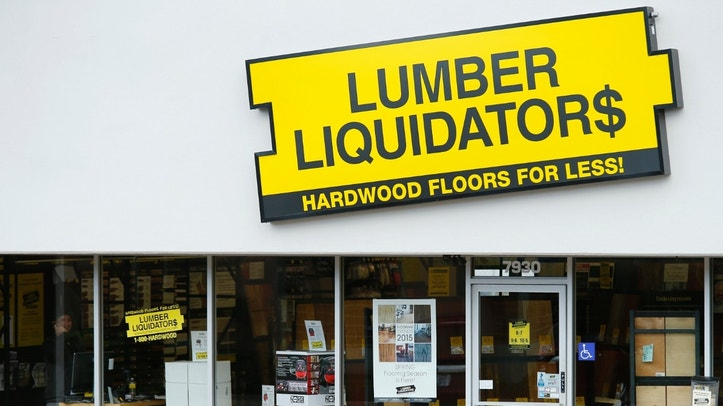 A Lumber Liquidators retail store is shown in San Diego, California March 2, 2015. Shares of Lumber Liquidators Holdings Inc dropped more than 20 percent on Monday after a news report said its products failed to meet safety standards, allegations the hardwood flooring retailer denied.   REUTERS/Mike Blake (UNITED STATES - Tags: BUSINESS HEALTH) - RTR4RTFB