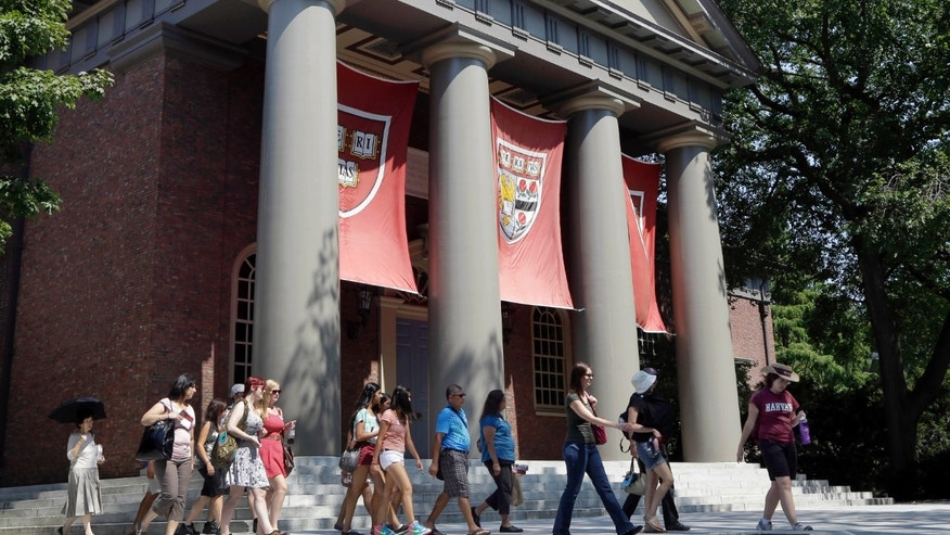 Mumps outbreak at Harvard & # x3a; Why do vaccinated people get sick?