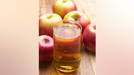 Apple Juice with fresh Apple