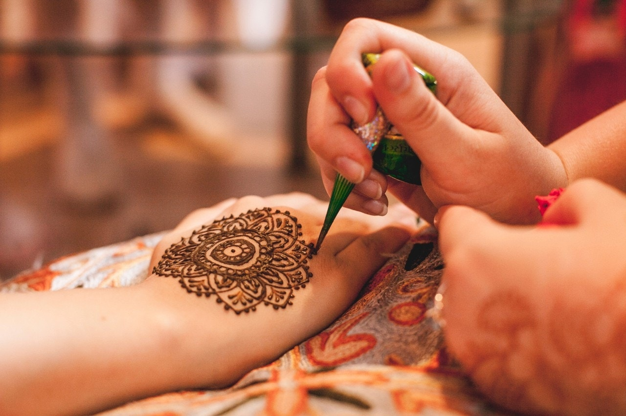 Black henna tattoos can cause severe skin reactions case for Black temporary tattoo