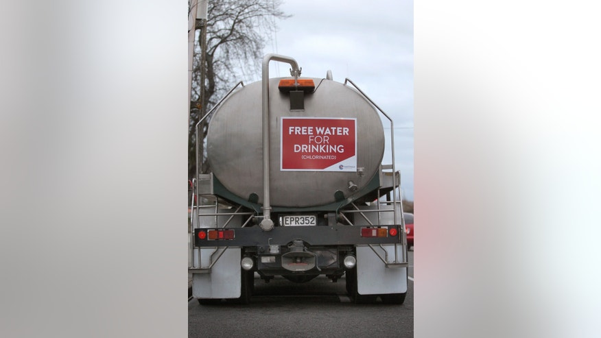 A Hastings District Council water tanker with free water is seen on Campbell St., in Havelock North after a gastro outbreak in Havelock North, from the Hastings District Council water supply.