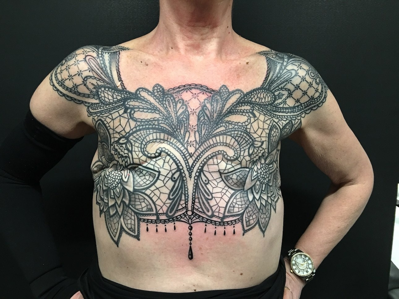 5 years after remission woman gets mastectomy tattoo on her chest fox news. Black Bedroom Furniture Sets. Home Design Ideas