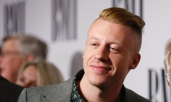 Musician Macklemore poses at the 62nd Annual BMI Pop Awards in Beverly Hills, California, May 13, 2014. REUTERS/Danny Moloshok (UNITED STATES - Tags: ENTERTAINMENT) - RTR3P0ZC