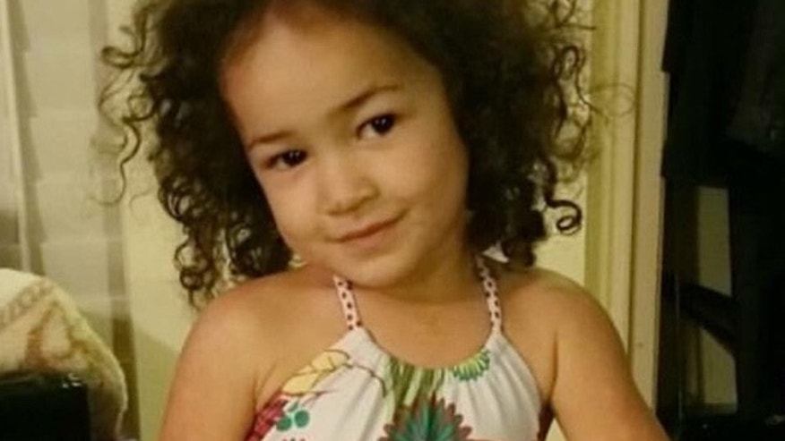 Elsie Mahe was found tangled in a window cord.