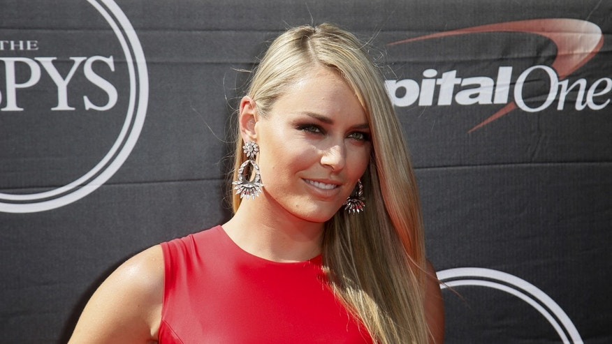 Professional skiier Lindsey Vonn arrives for the 2015 ESPY Awards in Los Angeles, California July 15, 2015.
