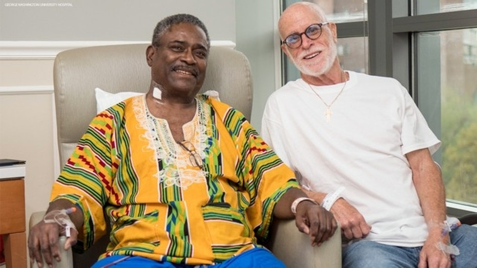 Kenneth Walker, left, received a kidney from Charlie Ball, who traveled from California after reading Walker's email.