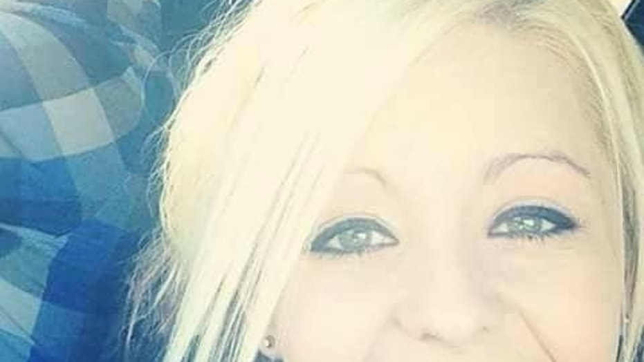 Sharista Giles, who gave birth while in a coma, died on Monday, three years after she regained consciousness.