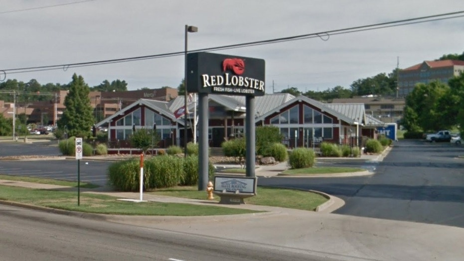 Arkansas health officials have set up two vaccination clinics for the public after a Red Lobster employee tested positive.