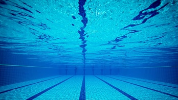 Health latest medical fitness healthcare nutrition - Can pregnant women swim in public pools ...