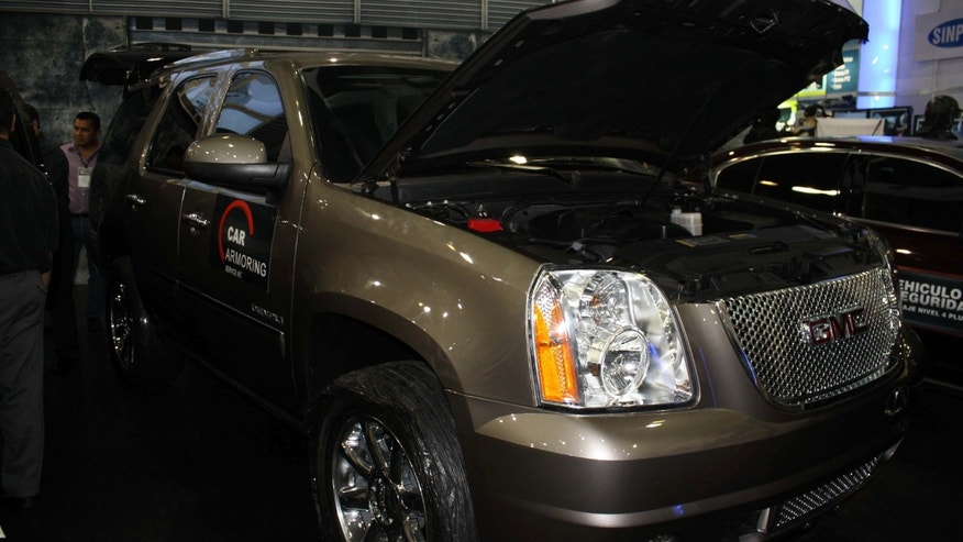 At the Mexico Security Expo, Tijuana-based Car Armoring Service Int. showed off an armored GMC Yukon Denali.