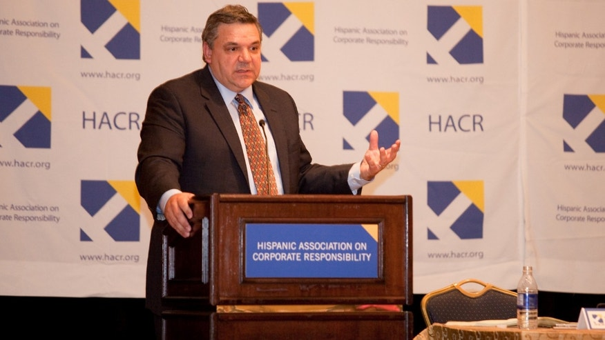 Pablo Schneider at the HACR (Hispanic Association for Corporate Responsibility) San Francisco Program.