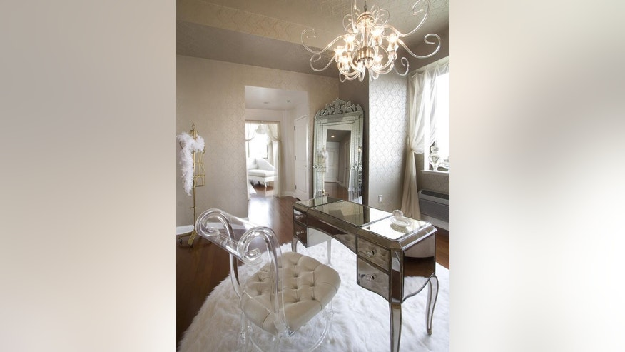 The Do S And Don Ts Of Decorating With Mirrors Fox News