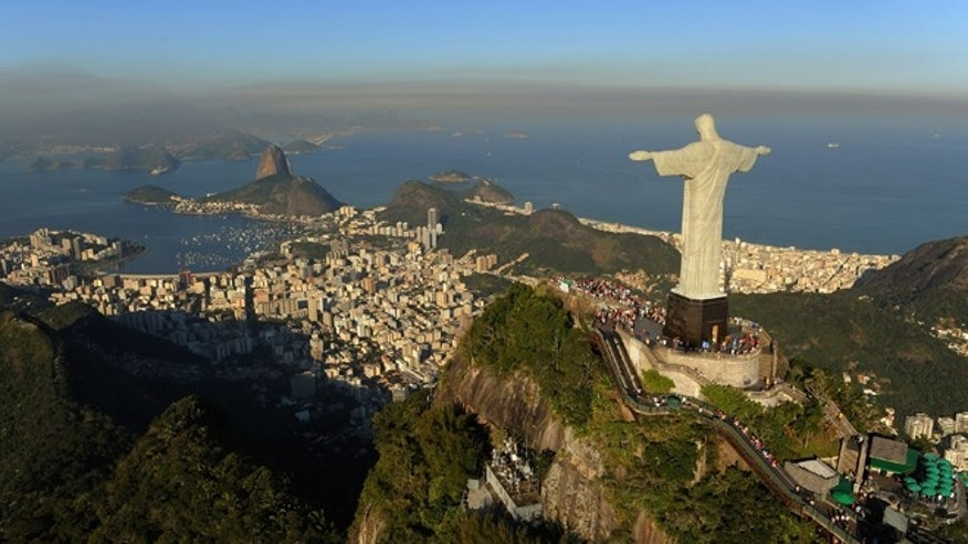 RIO DE JANEIRO, BRAZIL - JULY 27: An arial view of the 'Christ the Redeemer' statue on top of Corcovado mountain on July 27, 2011 in Rio de Janeiro, Brazil.  (Photo by Michael Regan/Getty Images)
