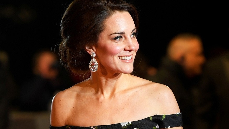 Duchess of Cambridge Kate Middleton has already mastered one of spring's hottest fashion trends with dazzling chandelier earrings.