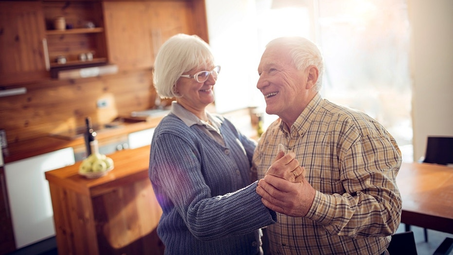 Positive attitudes about aging correlate to better quality sex, according to researchers at the University of Waterloo.