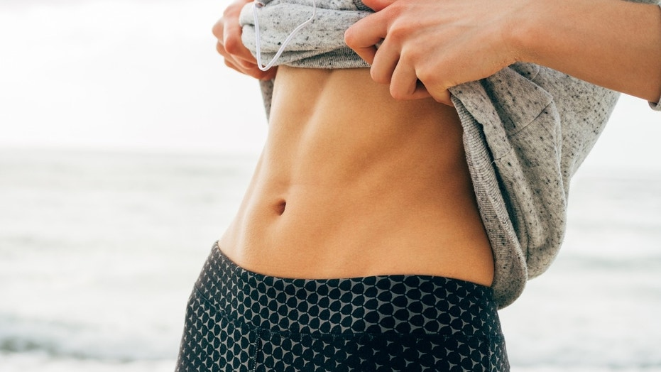 Does Your Stomach Actually Shrink If You Eat Less?