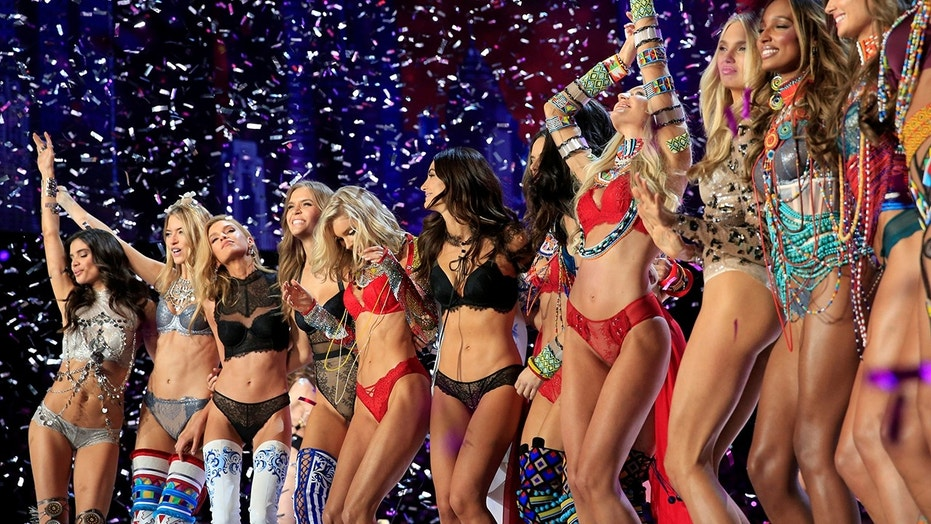 How the Victoria's Secret models prepared for the runway