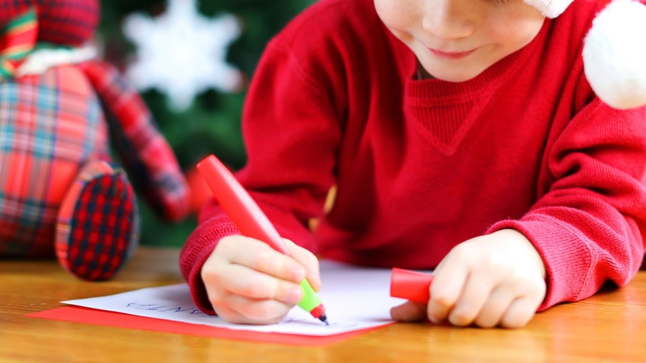 Skeptic YearOld Rips Santa Claus In Viral Christmas Letter