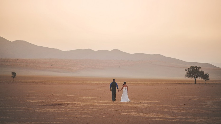 Planning a wedding heres the least expensive state to get hitched getting married out west has its financial perks according to a new study junglespirit Choice Image