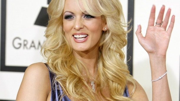 Adult film star Stormy Daniels arrives at the 50th Grammy Awards in Los Angeles February 10, 2008. REUTERS/Danny Moloshok (UNITED STATES) - GM1DXGANQHAA