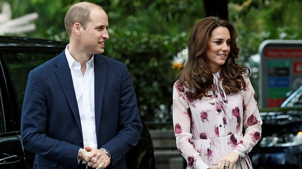 Britain's Prince William and his wife Catherine, Duchess of Cambridge, arrive for a Heads Together event to celebrate World Mental Health Day, at County Hall in London, Britain October 10, 2016. REUTERS/Stefan Wermuth  - D1AEUGDXTAAA