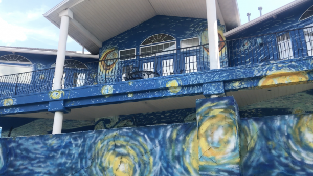 Florida mayor apologizes for fight over Starry Night home