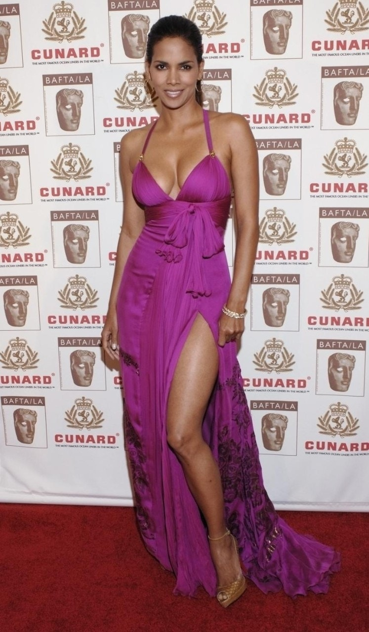 Halle Berry 39 S Sexiest Style Moments Fox News