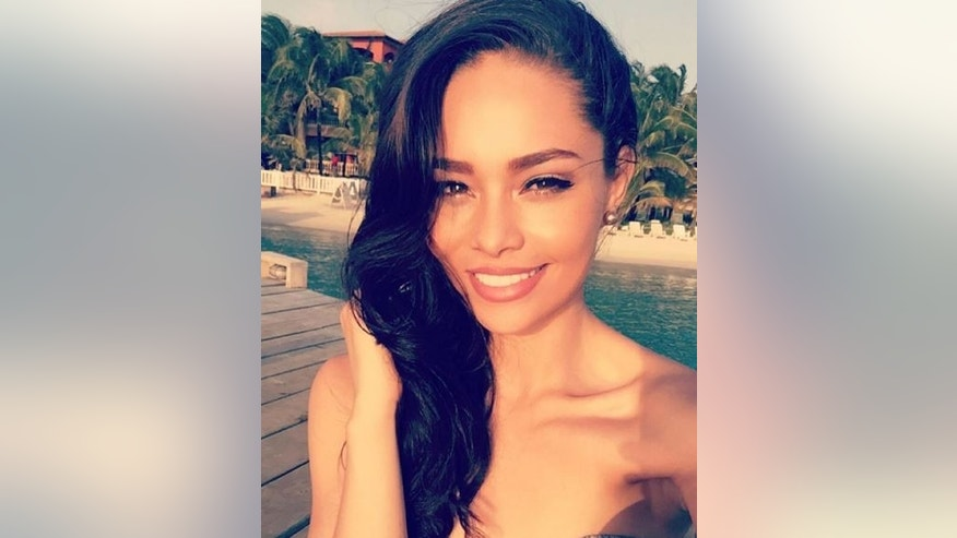 Miss Honduras Sirey Morán has been stripped of her title after a dispute with the organizers of contract breaches.