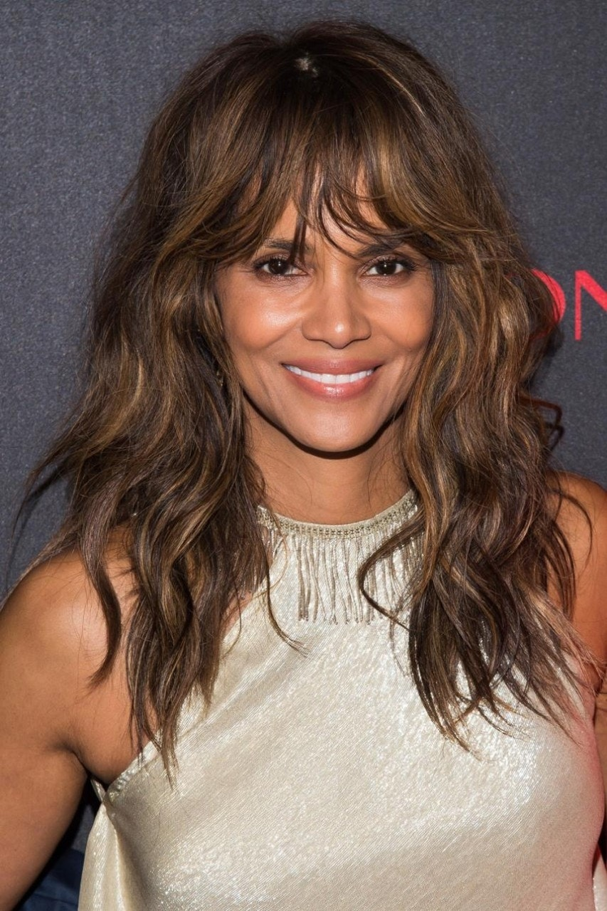 Halle Berry Rocks Hollywood S Hottest New Haircut Fox News