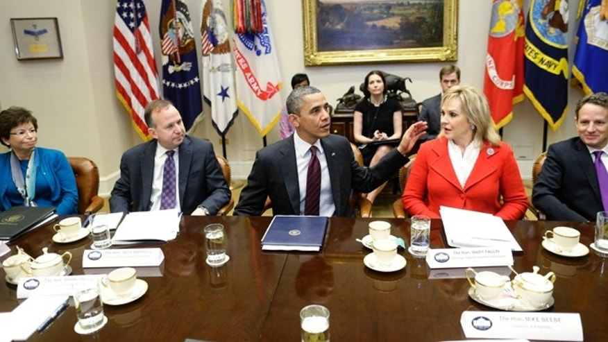 Dec. 4, 2012: President Barack Obama meets with National Governors Association (NGA) Executive Committee regarding the fiscal cliff.