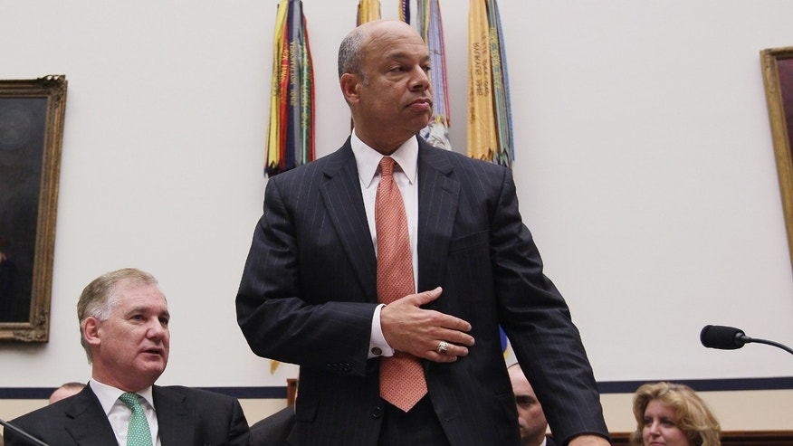 WASHINGTON, DC - MARCH 17:  Defense Department General Counsel Jeh Johnson (R) and Deputy Defense Secretary William Lynn (L) attend a House Armed Services Committee hearing on March 17, 2011 in Washington, DC. The committee is hearing testimony from Pentagon officials on President Obama's executive order that establishes periodic review boards for Guantanamo Bay detainees.  (Photo by Mark Wilson/Getty Images)