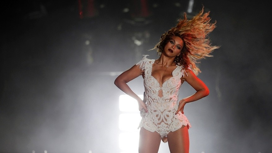 Singer Beyonce performs at the Rock in Rio Music Festival in Rio de Janeiro early September 14, 2013.