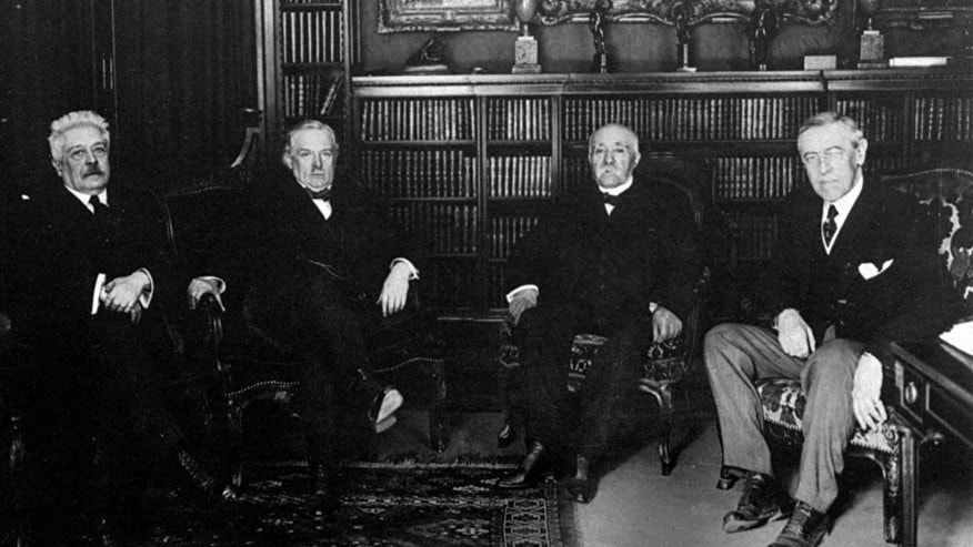 Allied leaders: (l-r) Vittorio Orlando of Italy, Lloyd George of Great Britain, Georges Clemenceaus of France and US President Woodrow Wilson, at work on World War I Peace Treaty in Paris.