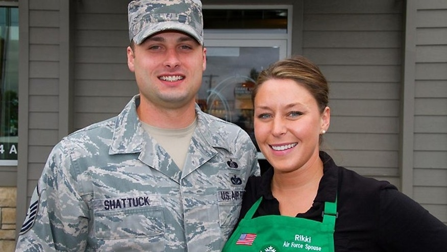 Starbucks partner Rikki Shattuck and her husband, Master Sgt. Justin Shattuck with the 446 Airlift Wing.