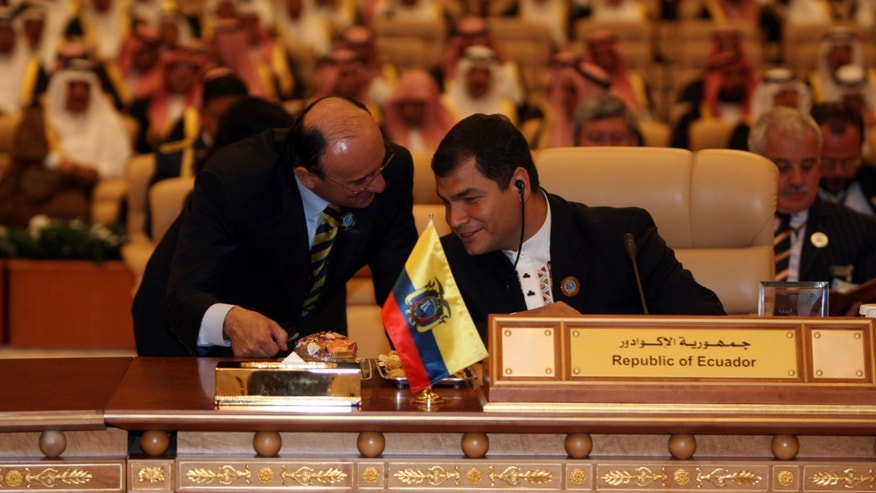 RIYADH, SAUDI ARABIA- NOVEMBER17: Ecuador's president Rafael Correa attends the opening session of the third OPEC Summit on November 17, 2007 in Riyadh, Saudi Arabia. (Photo by Salah Malkawi/ Getty Images)