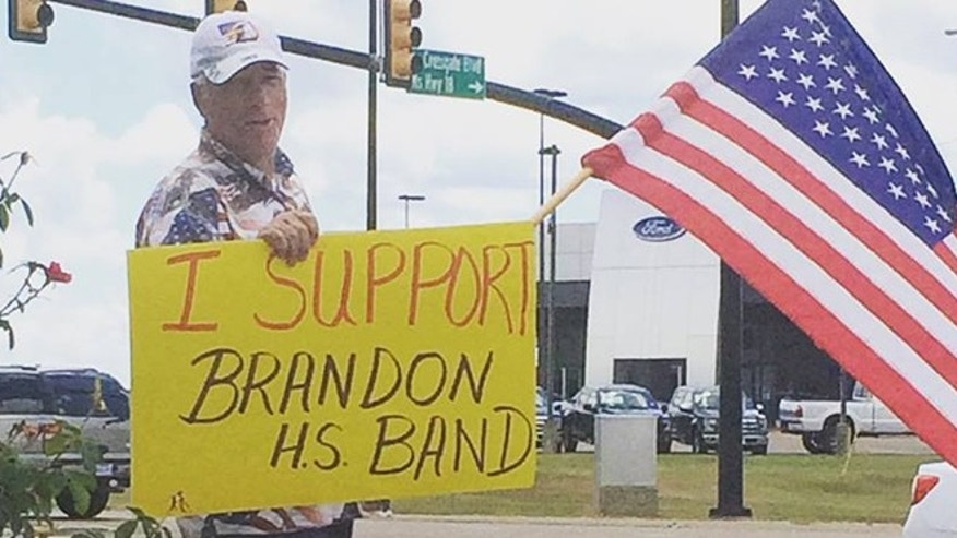A man shows his support for the Brandon High School band in Mississippi. (Courtesy: Brittany Mann)